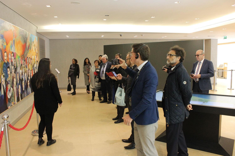 وفد فيدرالي برلماني استرالي يزور متحف ياسر عرفات